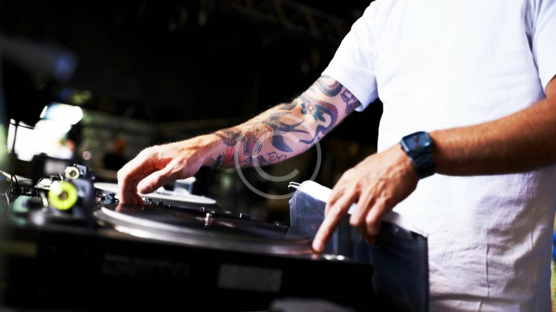 DJ Szolgáltatás